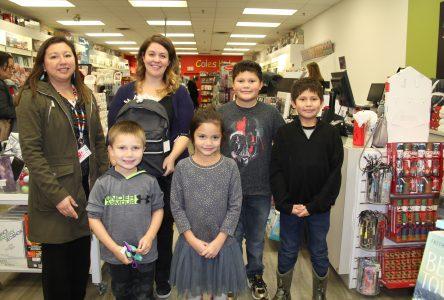 Coles Cornwall raises money for Ahkwesahsne Mohawk School