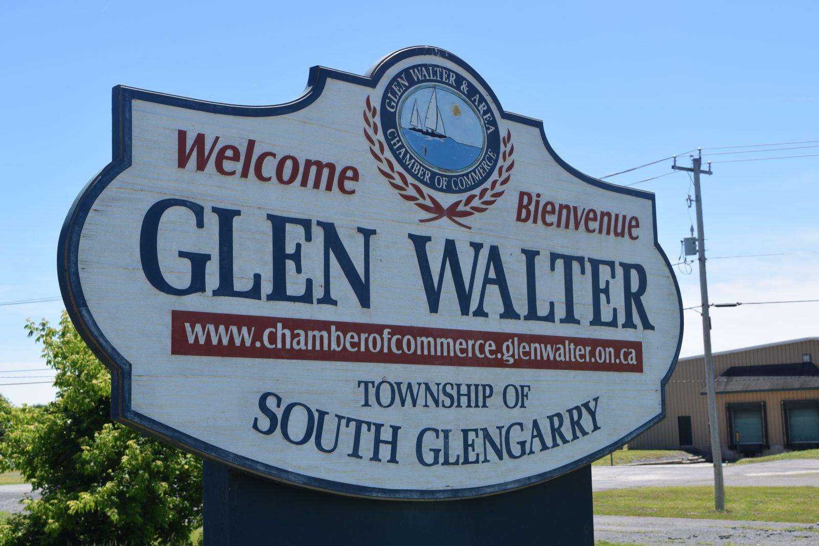 Man assaults police officers in Glen Walter