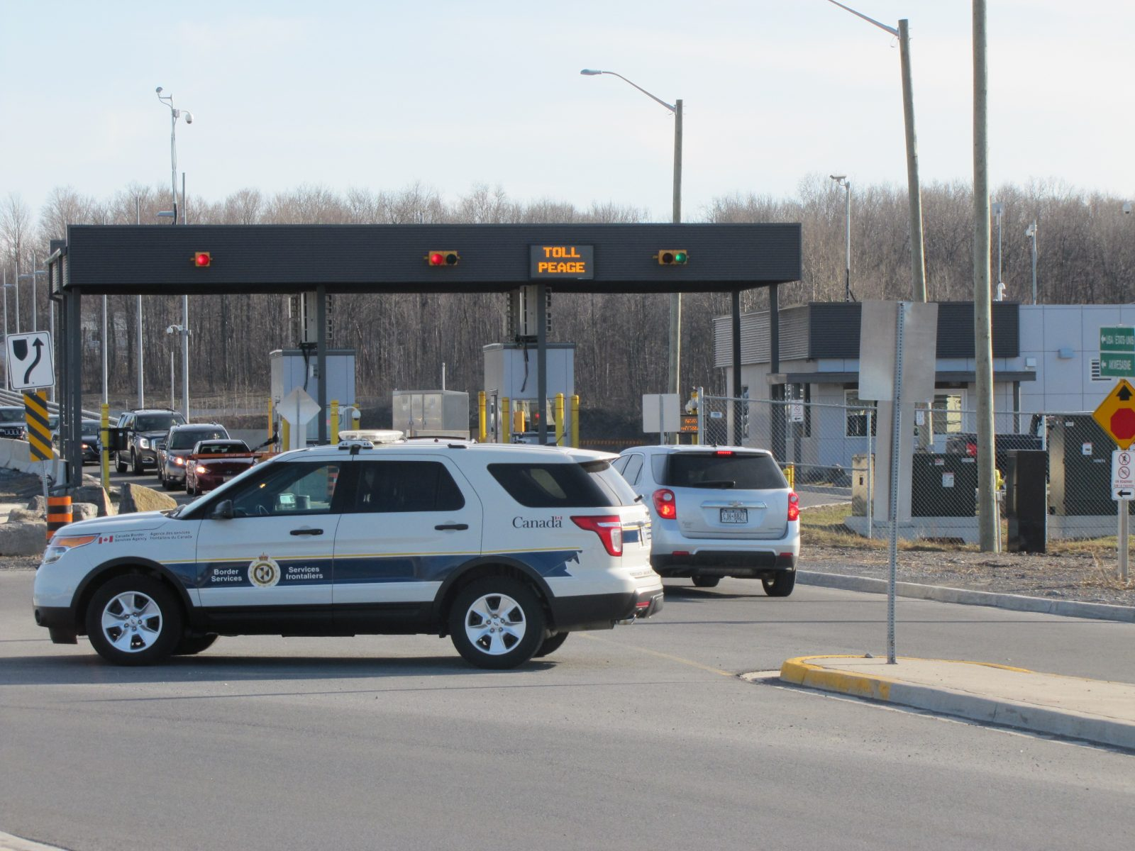 Federal government loosening some entry rules at border