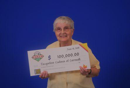 Cornwall woman wins $100,000