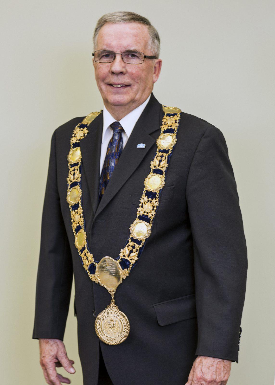Mayor Bancroft calls school closures an attack on rural communities