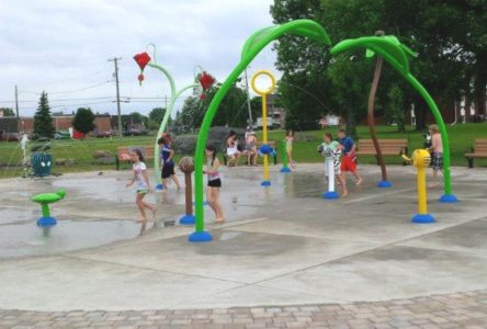 County asks residents to practice social distancing at splashpads, pools, beaches