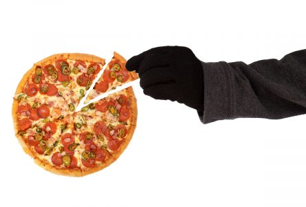 OPP investigate pizza fraud in Ingleside