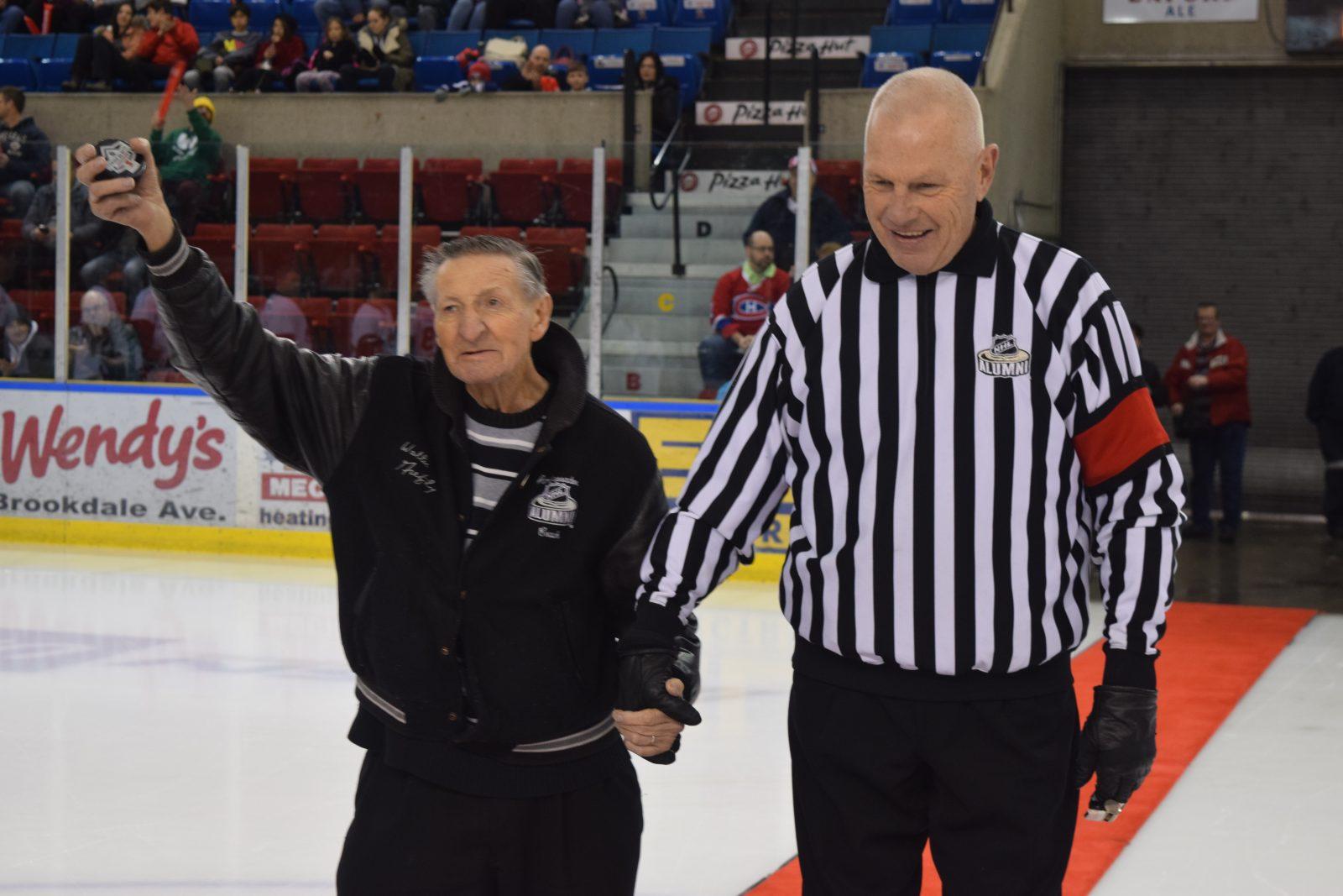 NHL Alumni Game cut short after shattered glass