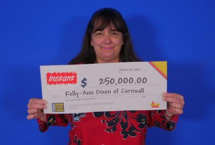 Cornwall resident wins $250K