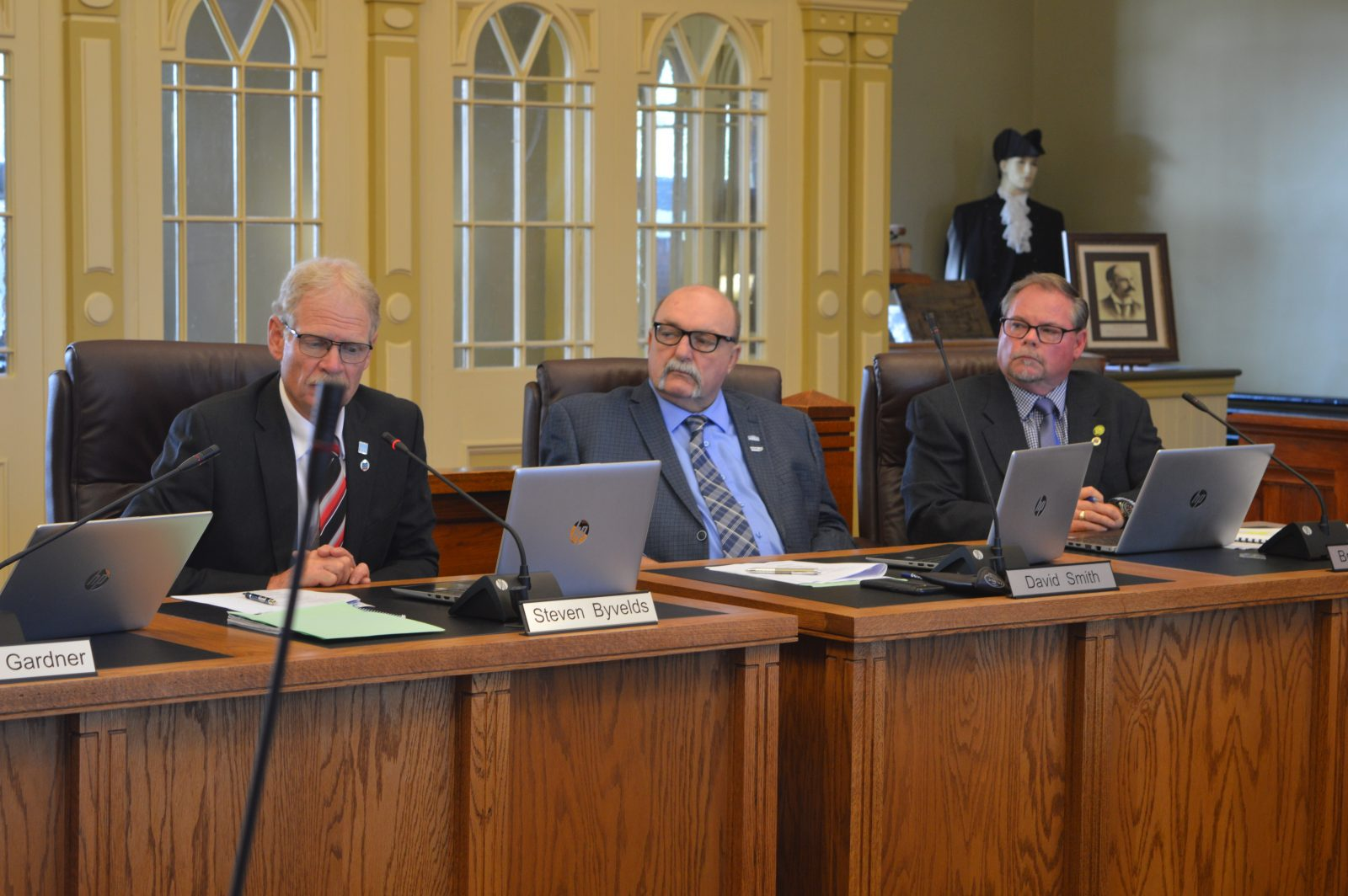 United Counties Council briefs 15-07-19