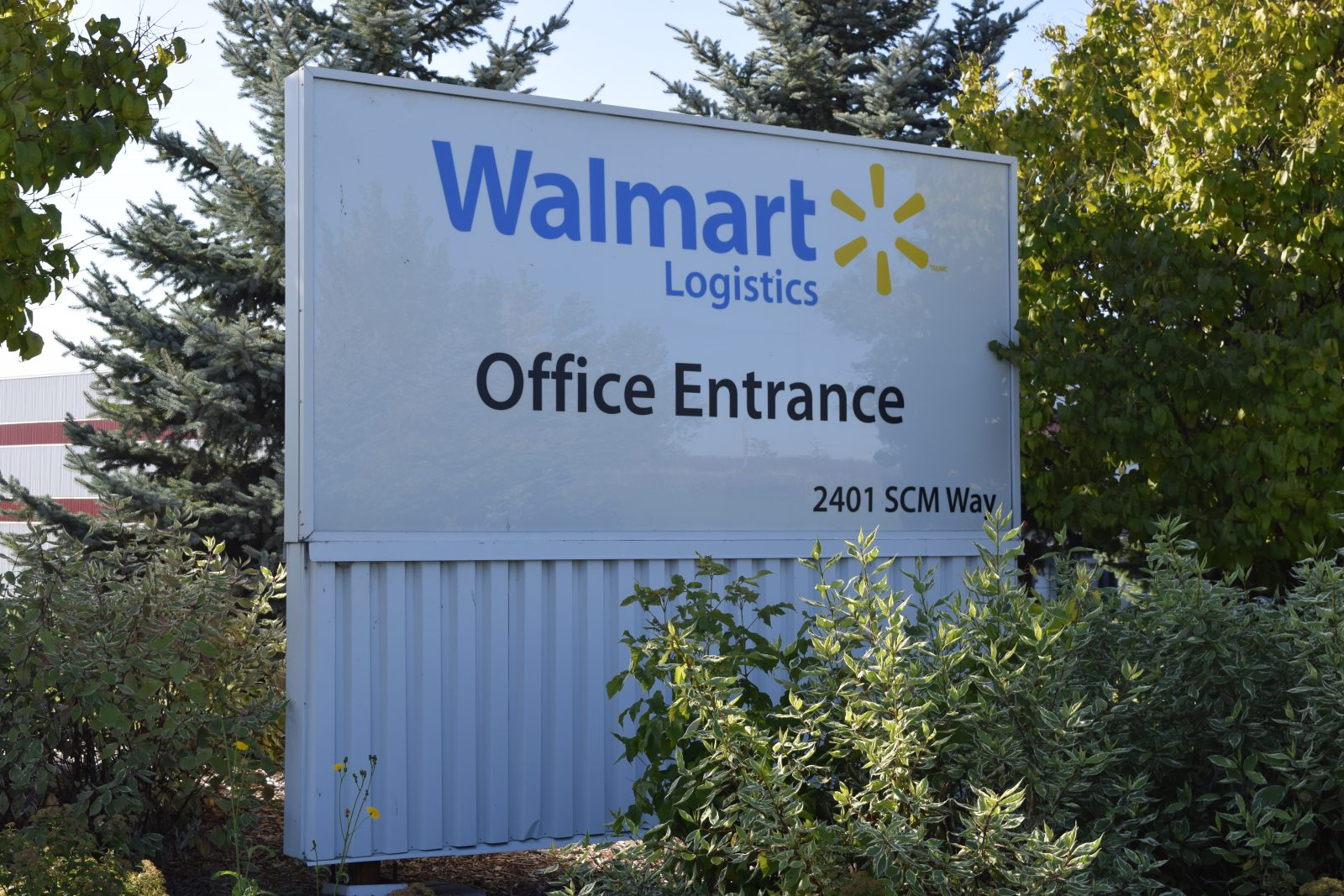 Walmart investing in Cornwall DC