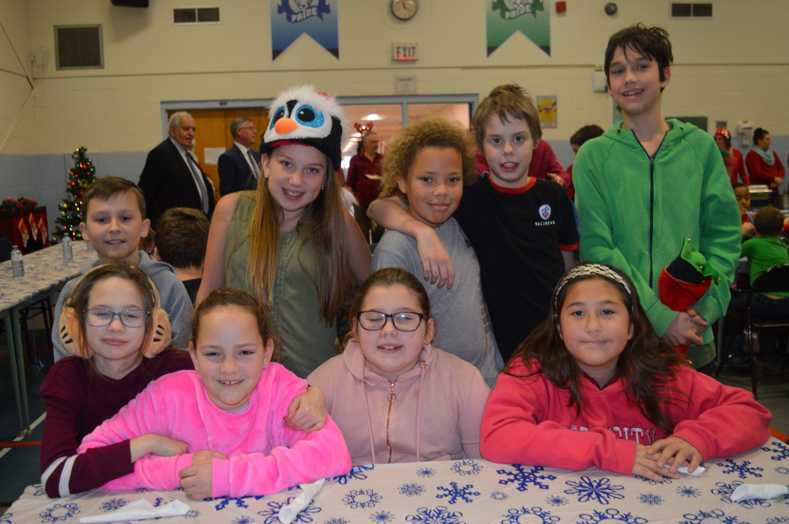 L'école catholique St. Peter's célébrer Noël