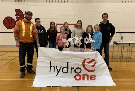 Wind turbine competition a breeze for Glengarry students