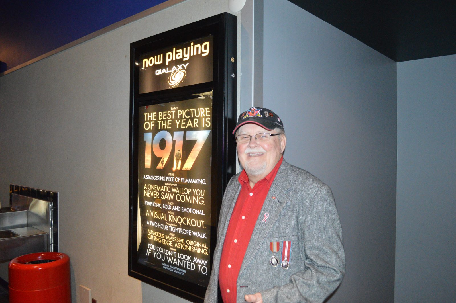 Remembering those who served at 1917 premiere