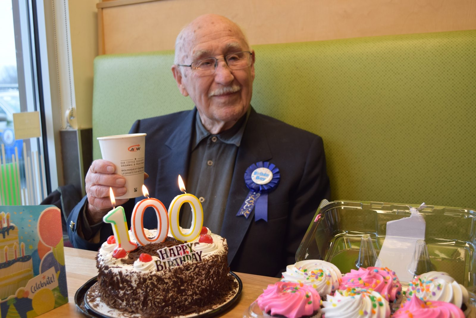 """""""Ride Easy"""" A&W celebrates Les Foulds' 100th birthday"""