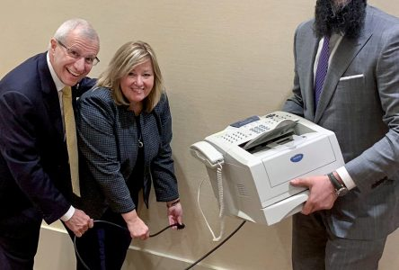 "Ontario government aims to ""Axe the fax"""