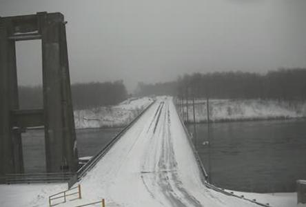 Pipeline Protest on Seaway Bridge stops traffic