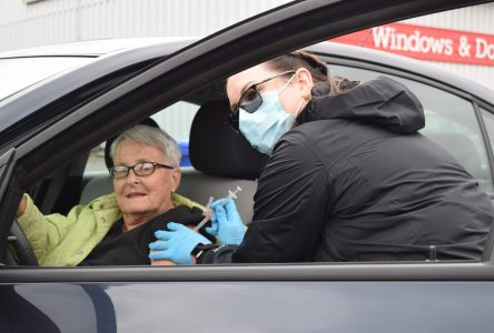 Medical Arts holding drive thru flu shot clinics
