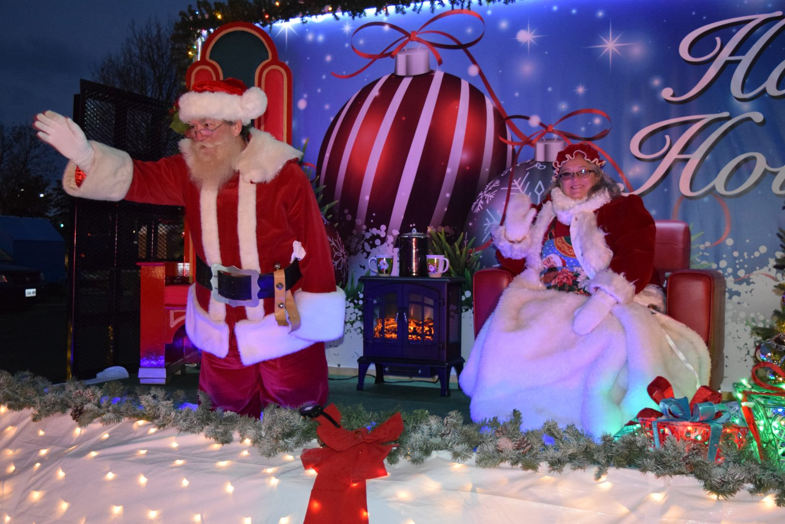 SLIDESHOW: Cornwall Christmas Parade