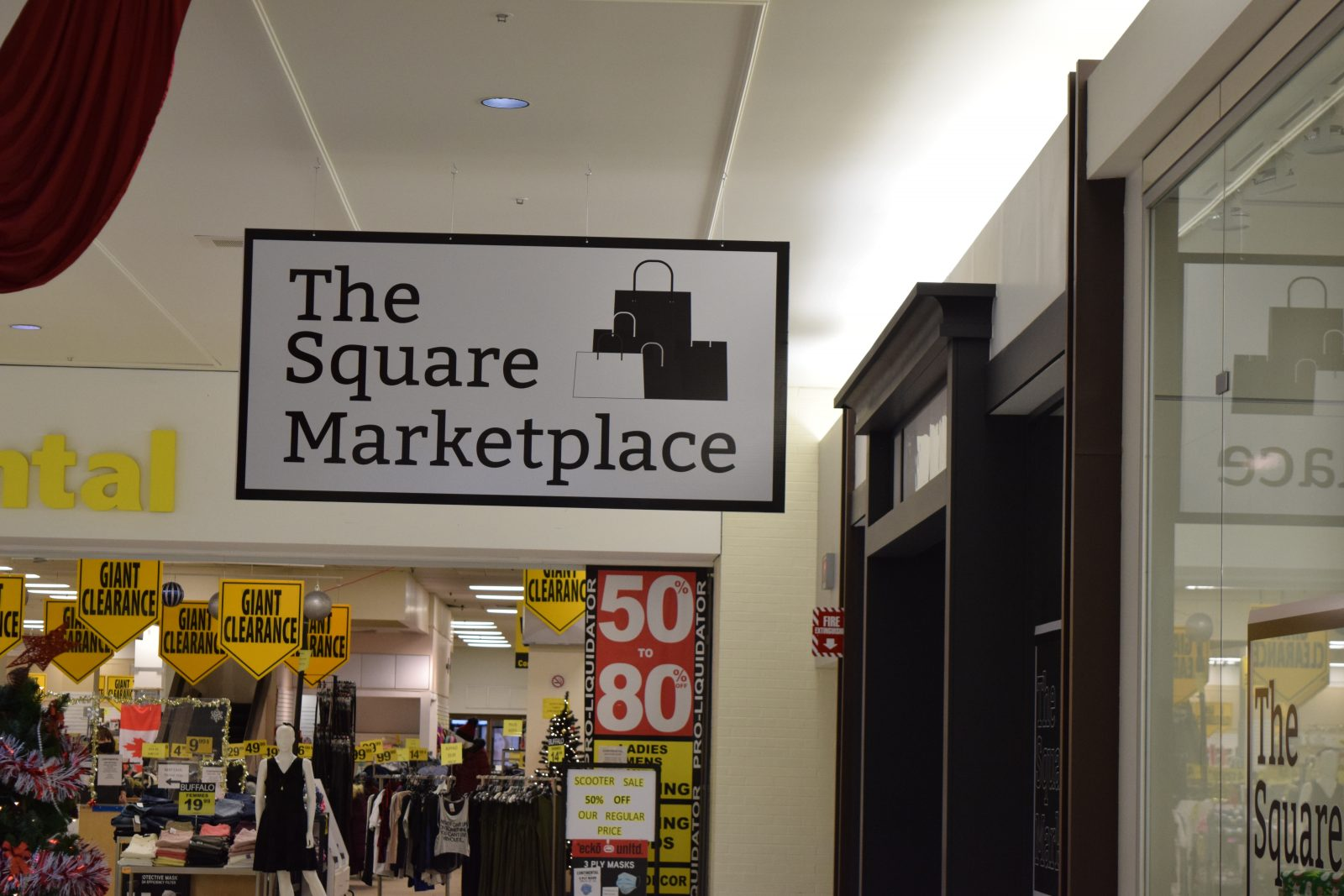 Square launches new indoor market