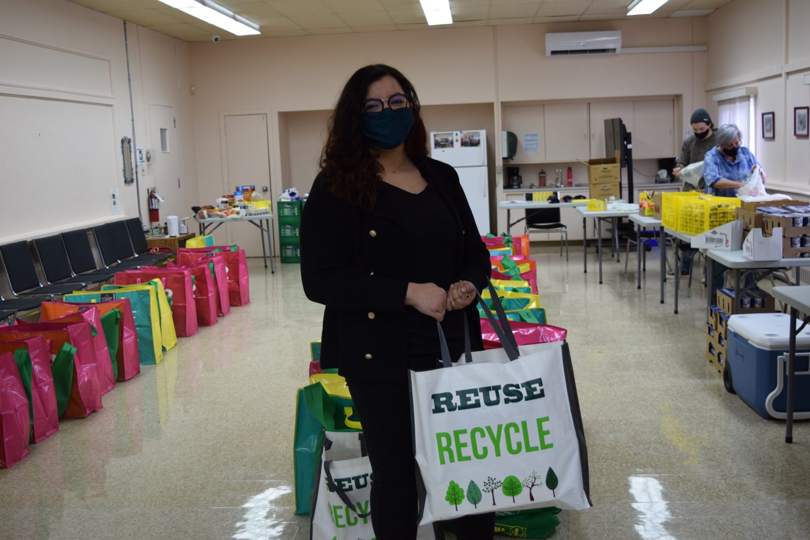 ACFO hands out 64 food bags