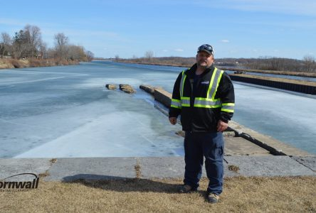 City of Cornwall employee assists in ice water rescue