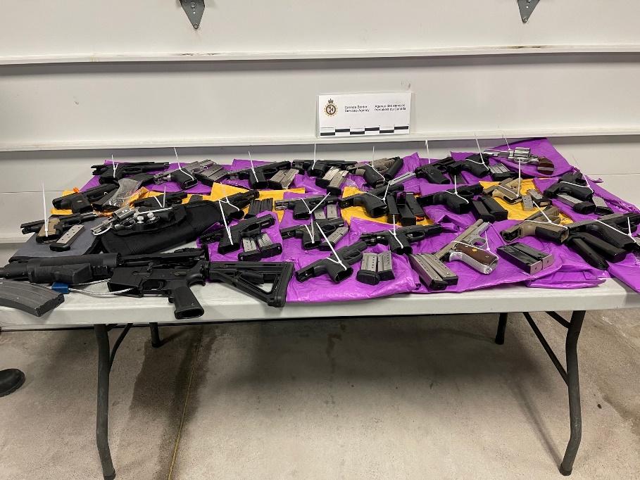 CBSA seize 26 guns at Cornwall Port of Entry